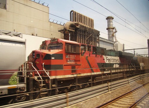 Tren Suburbano - Ferromex Train Outside Power Plant | by ramalama_22