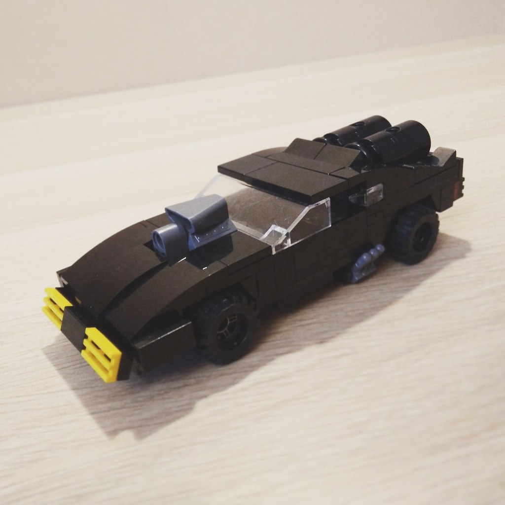 Ford Falcon V8 Interceptor from Mad Max! Instruction commi