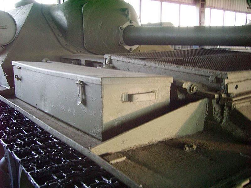 Su-101 Uralmash 3
