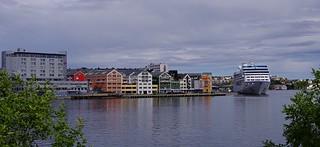 MS Nautica alongsode Storkaia quay   by sveinludvigsen