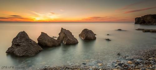 trowrocks seascape sea sky sunrise silky rocks northeast northsea northeastengland longexposure le leefilters landscape glow southshields canon canon6d 1740mm