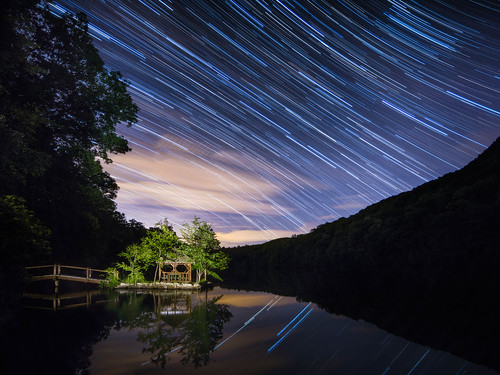 putnamcounty coldspringny hudsonhighlands nightphotography highlands astrophotography lakevalhalla startrails stars nightsky philipstown lightpainting hudsonvalley
