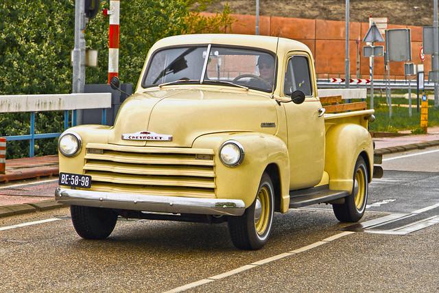 Chevrolet Stepside Pick-Up Truck 1951 (9763)