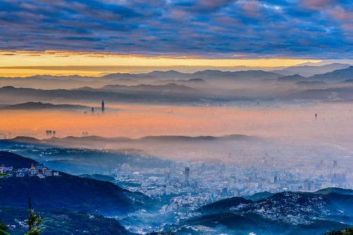 taiwan taipei sunrise dawn taipei101tower datunmountain yangmingshannationalpark cloud sky scenery outdoors 台灣 台北市 士林區 陽明山國家公園 大屯山 晨曦 晨霧 fog cityscape