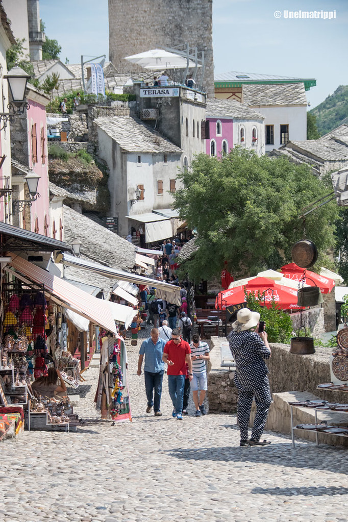 Mostarin katunäkymää