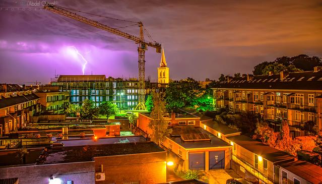 Noche de tormentas y lluvia
