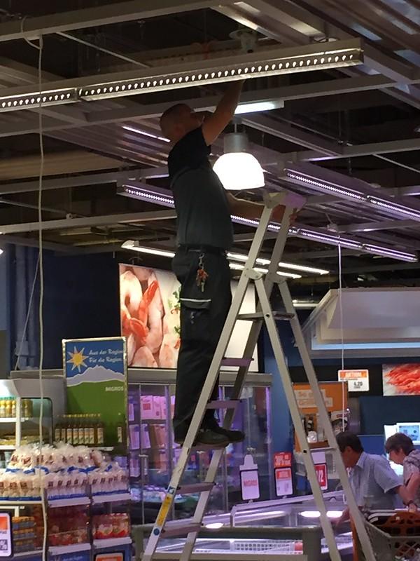 Repairing light