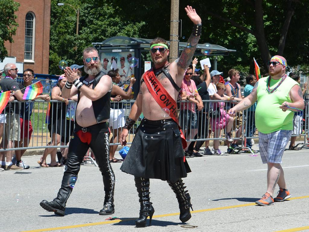 rencontre gay vosges à Saint-Louis