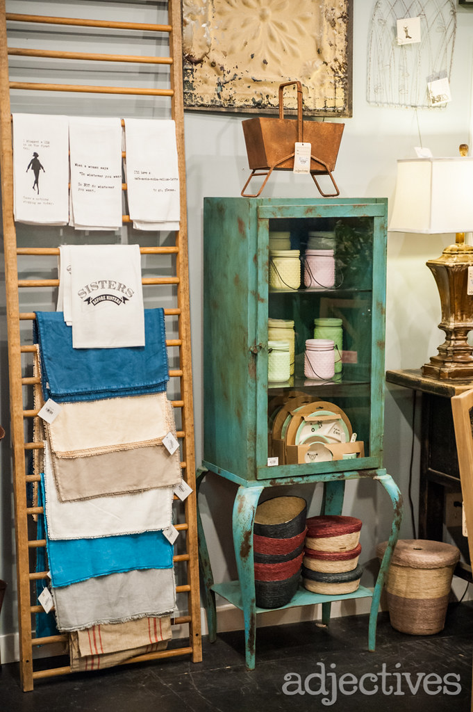Towels and table runners by Adjectives Winter Garden-3445.NEF