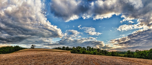 ultravividimaging ultra vivid imaging ultravivid colorful canon canon5dmk2 clouds sunsetclouds stormclouds rural scenic vista evening summer pennsylvania pa panoramic fields farm
