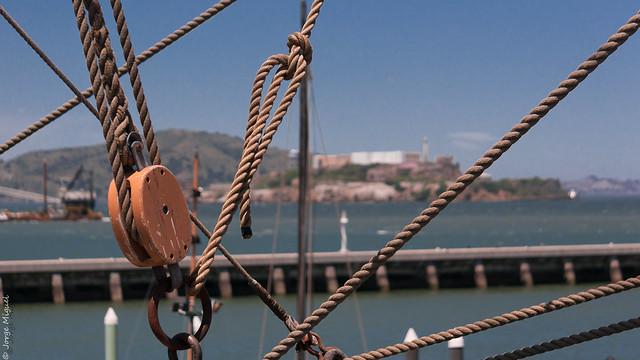 Warship and Alcatraz island - 0400