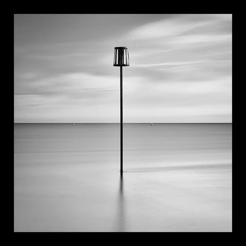 whitstable kent longexposure le sea coast coastal sunrise earlymorning dawn blackandwhite bw peaceful calm relaxing sky clouds square frame blackframe canon eos70d leefilters monochrome silhouette art marker pole markerpole