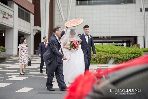 台北婚攝/婚禮紀錄/婚禮攝影/台北南港雅悅會館/家榮+藝茹 | by 婚攝樂思