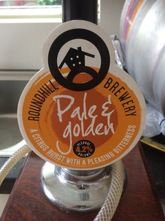 Roundhill Brewery, Pale & Golden, England