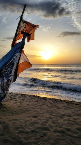 boat sunrise ocean bayofbengal
