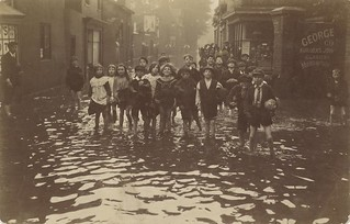 Beverley Town floods 1912 (archive ref DDX1544-1-14) | by East Riding Archives