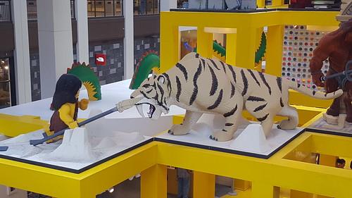 Lego Caveman vs Lego Sabertooth tiger