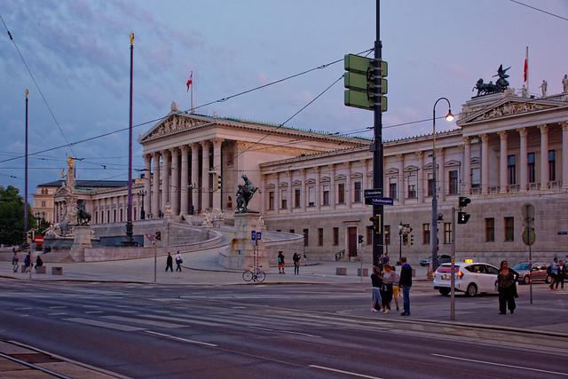 Vienna / Parlament / Sunset  1/2