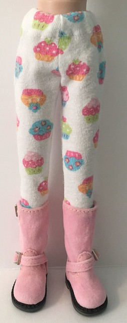 Cuppie Cakes...Tights For Blythe...