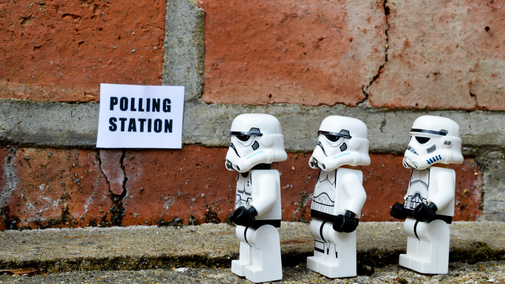 In line to exercise their democratic rights as Stormtroopers (159:365:2017)