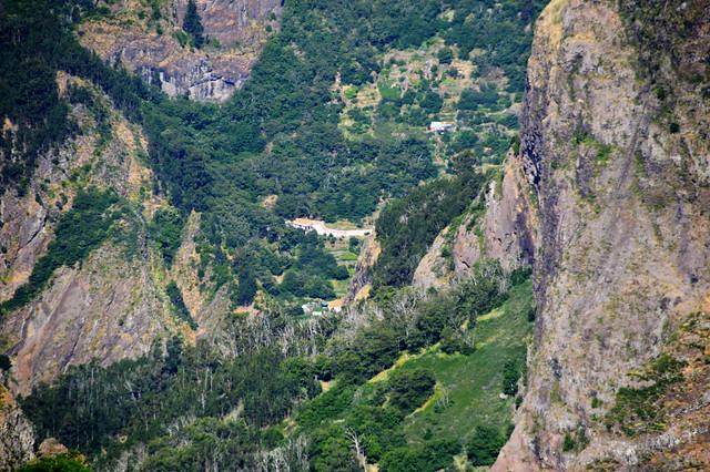 Pico do Arieiro down to Curral das Freiras.jpg
