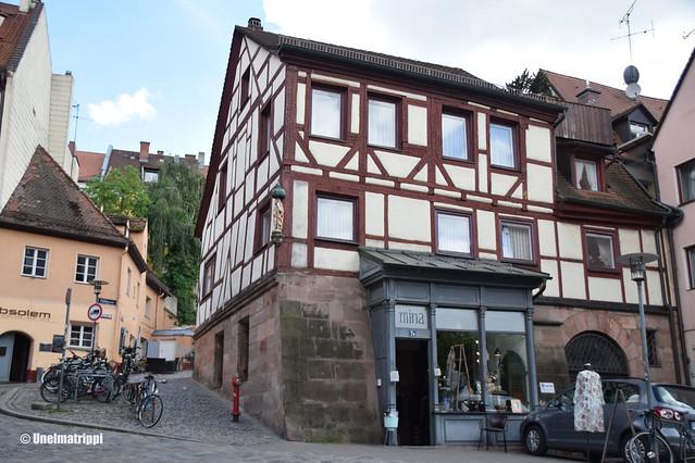 Ristikkotalo Nürnbergissä