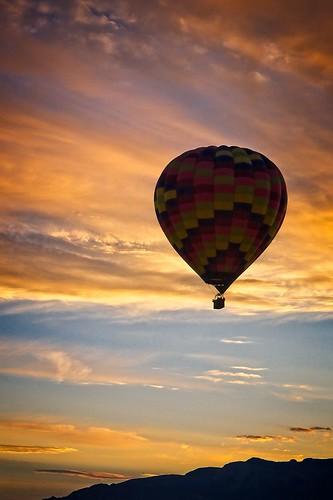 sunrise hotairballoon sky albuquerque newmexico