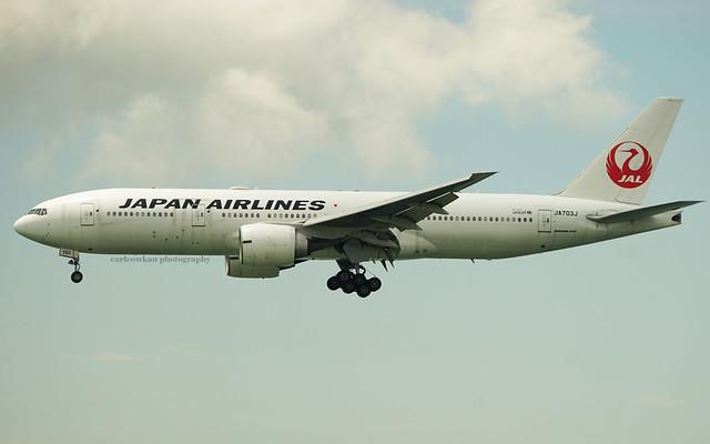 Boeing 777-246ER, Japan Airlines, JA703J, Hong Kong