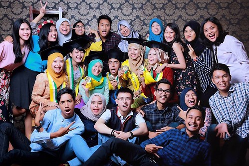 Makeup Wisuda 7 | by Rumah_Rias_Itut_Bambang