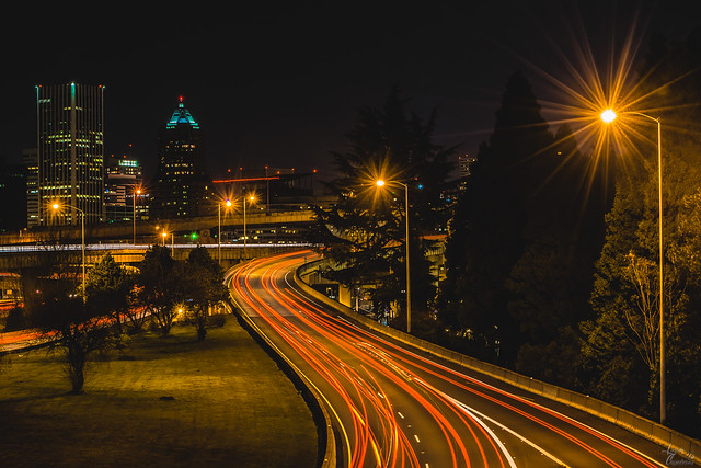 Portland, Oregon  ♤♡♢♧ ♡♢♧ ♢♧ ♧♢♡♤ ♤♡♢♧ ♡♢♧ ♢♧ ♧♢♡♤ #photography #landscape #city #Photograph #photo #photoshoot #captures #cityphotography #pics #pic #pix #landscapephotography #Photographer #photos #Photographers #Photographysouls #All_shots #photograph