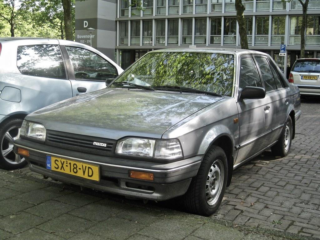 Kelebihan Mazda 323 Spesifikasi