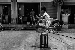 Dagonoy Market. San Andres Bukid, Manila   by archondigital