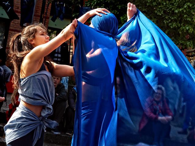Textiles Dansés .2 ¬ 4356