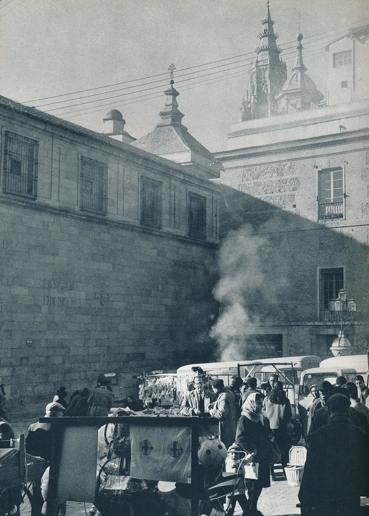 Plaza Mayor de Toledo hacia 1967 por Marc Flament.
