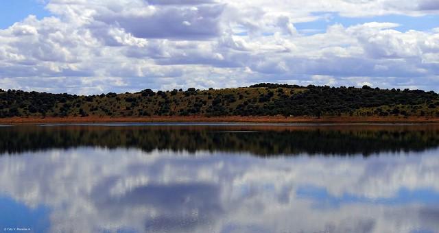 Río Matachel. Embalse de  Alange . Badajoz, España.