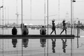 reflection 环球中心 by nzfisher