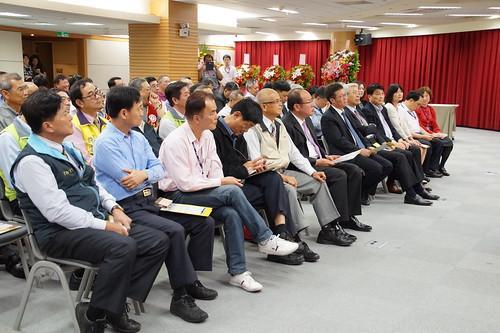 圖05工會幹部及事業單位主管蒞會觀禮致賀
