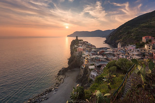 Scenic view of Vernazza and ocean, Cinque Terre, Italy. | by Guner Gulyesil
