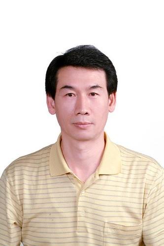 28邱香敦