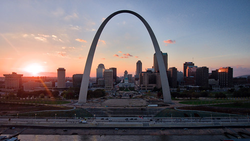 gatewayarch stlouis drone sunset mavic pro dji missouri unitedstates us
