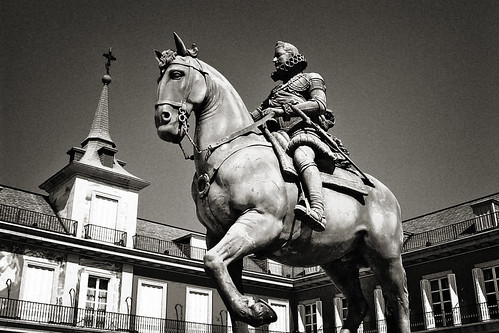 STATUE OF KING PHILIP III | by strollers