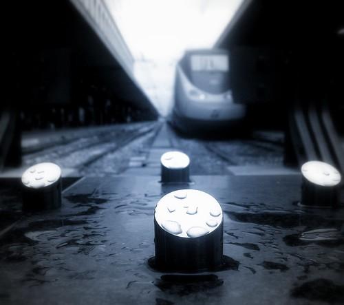 Steel raindrops - Gocce di pioggia d'acciaio