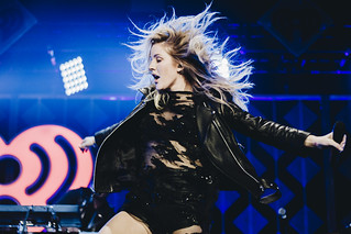 Ellie Goulding | by gscarpino