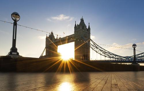 towerbridge bridge london sun sunrise hdr dri architecture