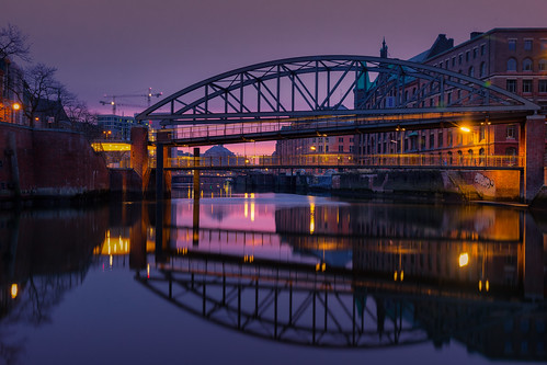 hafencity hamburg sunrise bridge warehouse canal sunset binnenhafen purple germany deutschland canon5dmkiv mk4 mkiv 5d canon