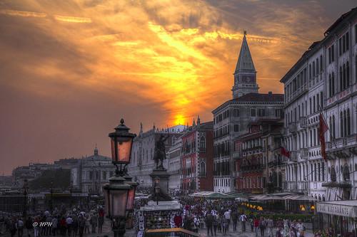 venedig italien italia sonnenuntergang sunset sanzaccaria palazzoducale campanile canon eos5dmkii hdr