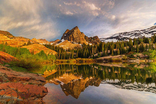 utah wasatch sunset lake reflection sky peak summit lakeblanche sundialpeak twinpeakswilderness wilderness nature landscape lonesomelandscapes hiking trail mountains