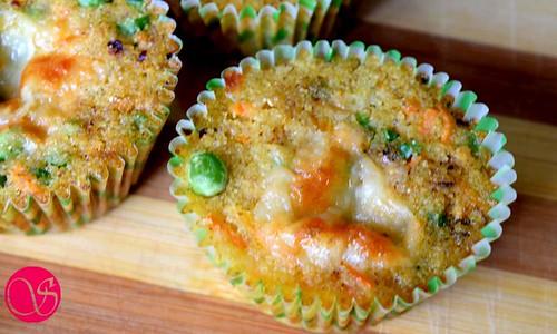 Savory semolina muffins after baking