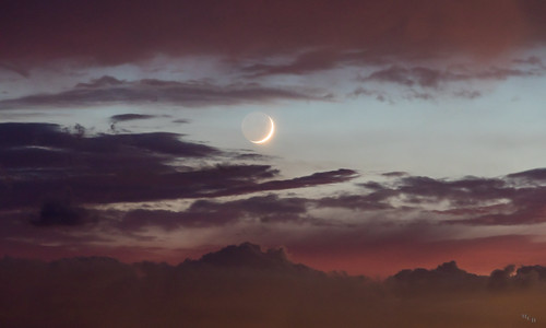photosbymch sunset moon clouds backbaynationalwildliferefuge virginiabeach virginia usa canon 5dmkiv 2017 colors summer outdoors crescentmoon
