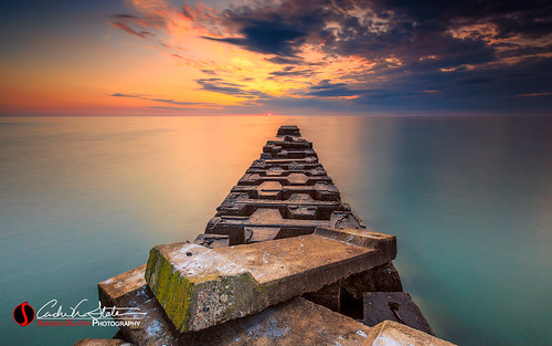 andrewslaterphotography atwaterbeach clouds discoverwisconsin greatlakes lakemichigan landscape mke milwaukee nature outdoors pier shorewood sunrise travelwisconsin wisconsin unitedstates us canon 5dmarkiii landscapephotography